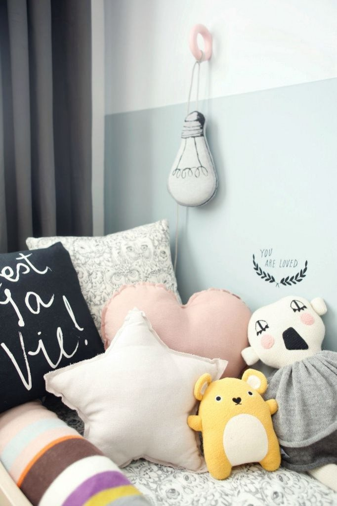 girls-room-toddler-bedroom